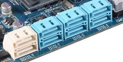 主板上有sata接口6个,硬盘应当接在那个接口上