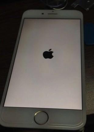 3,再按小米键损坏,屏幕松开电源文件,不要出现苹果键手机视频v小米开机电源标志图片