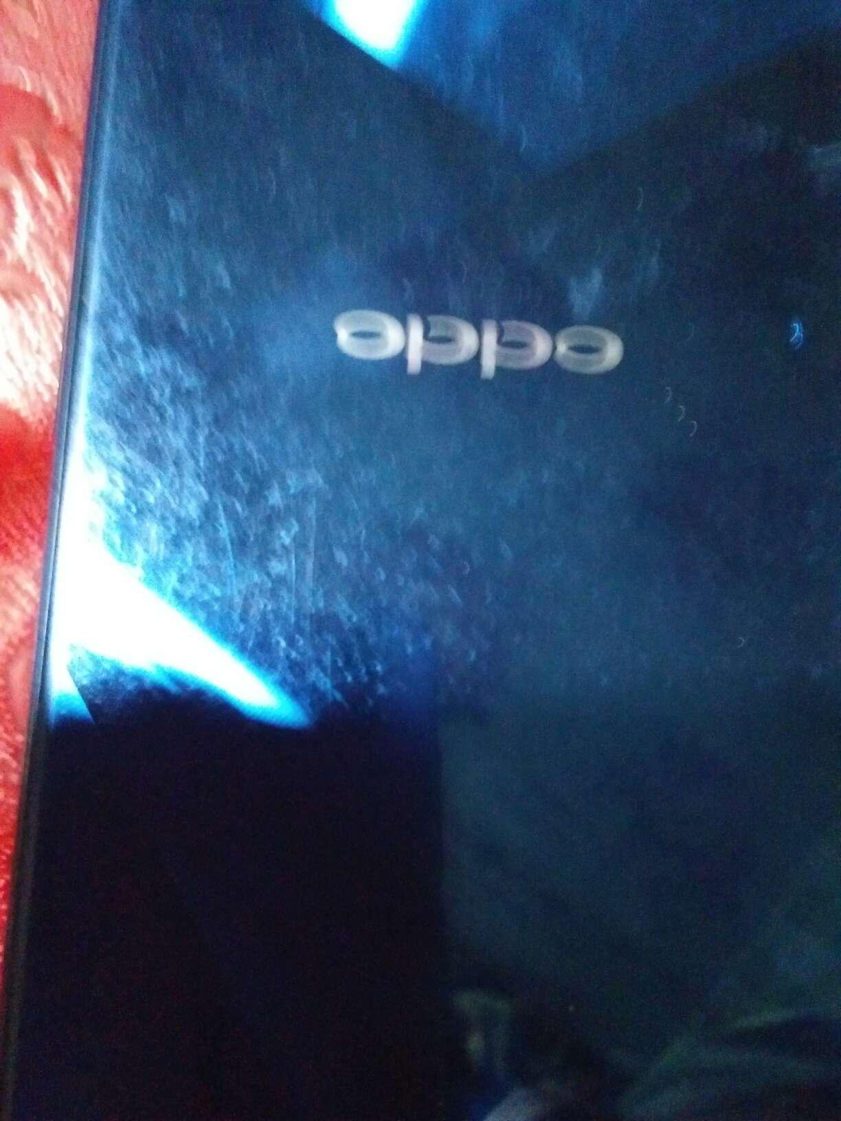 我买了OPPOA5手机屏幕锁了密码不知道了那样解锁