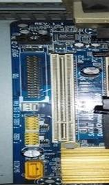 台式电脑的网卡在哪里装?坏了怎么拿出来呀?