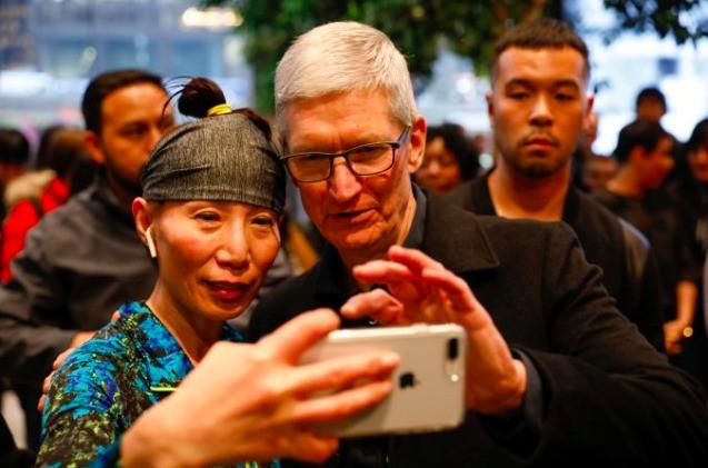 苹果收购三家新公司是为了下一代iPhone吗?