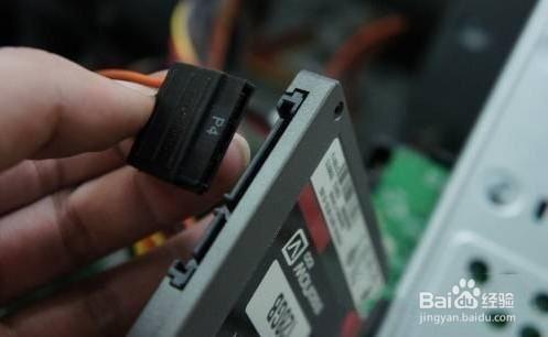如何安装笔记本和台式机的ssd固态硬盘?