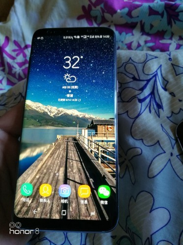 为什么iPhoneX摄像头凸出来?