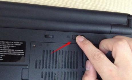 台式机的内存条可不可以装在笔记本里?