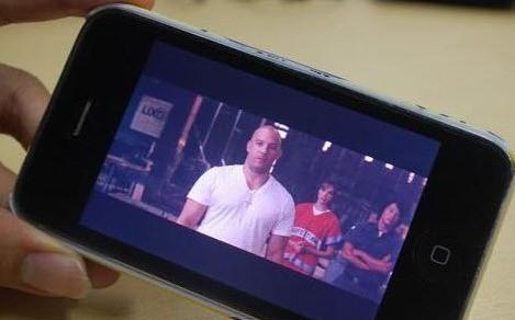 手机全屏播放视频是颜色变暗怎么处理