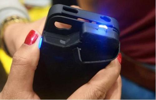 手机电量充满了,不拔掉充电器的话,会对手机电池有什么影响吗?