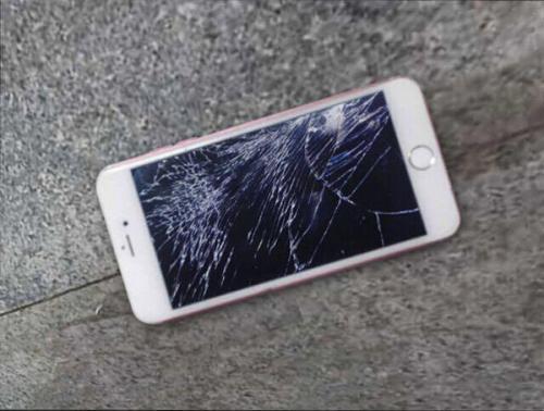 手机早上摔了,屏幕没碎,就是一点点的变紫,是怎么回事啊