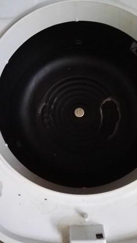压力锅内的线圈盘座烧坏了该怎么办?找谁修理?会不会影响电线...