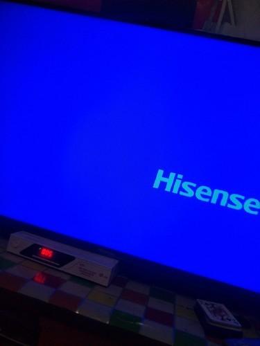 海信电视刚买回来不会用,就是不知道怎样连接接收器,就一直...