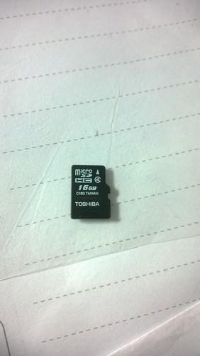 这个存储卡用了1,2年了,我现在在用在我华为手机上它一直不...