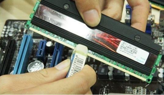 笔记本电脑连安全模式都蓝屏,什么问题,怎么解决!