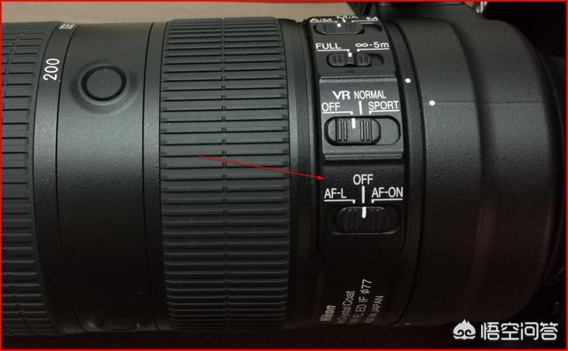 尼康70-200就是小竹炮镜头前端的4个按钮功是什么能?