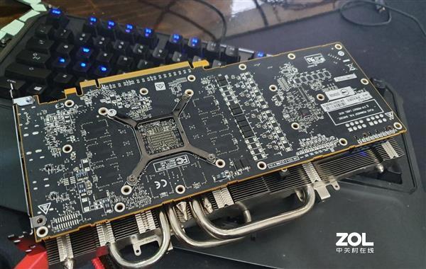 公版RX 5700系列显卡散热怎么样?