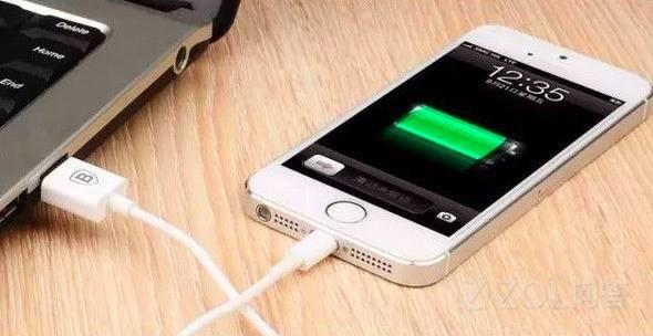 手机到底关机充电好还是开机充电好?