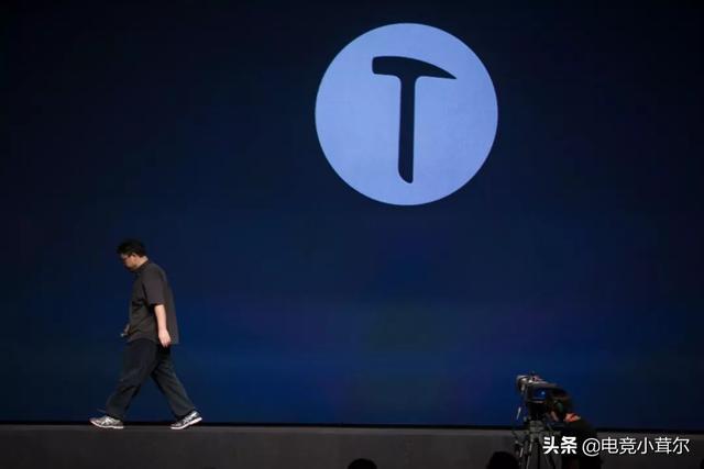 罗永浩:锤子手机比索尼、夏普、微软、LG都好,你怎么看?