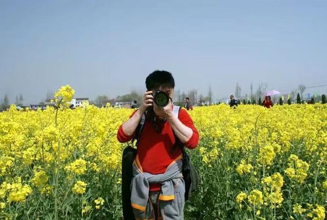 买相机选尼康d810vs索尼a7m3?