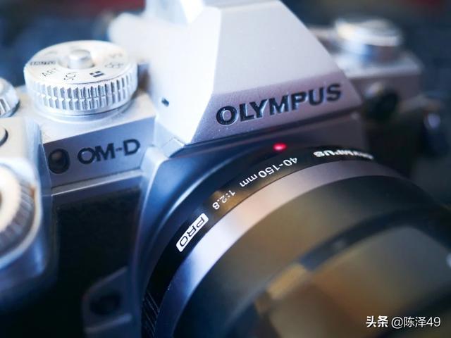 松下g95跟奥林巴斯pen-f这两款相机哪个更好一些?