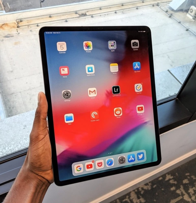 新iPad Pro真的一折就弯么?