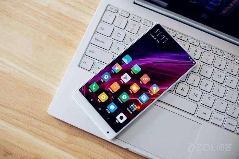 现在新出的手机是不是都叫全面屏了?