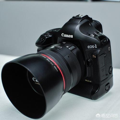 想摄影,挑选镜头时是不是光圈越大越好?