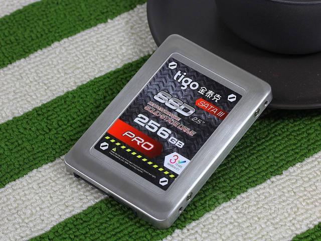闪迪、威刚、金泰克和影驰这几个固态硬盘品牌哪个质量好点?