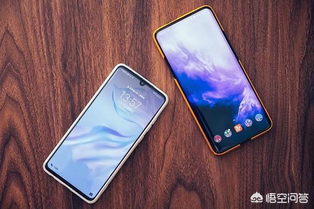 对比60Hz,90Hz刷新率的手机强在哪?