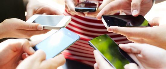 为什么阿里、腾讯、百度都没有杀入手机行业?