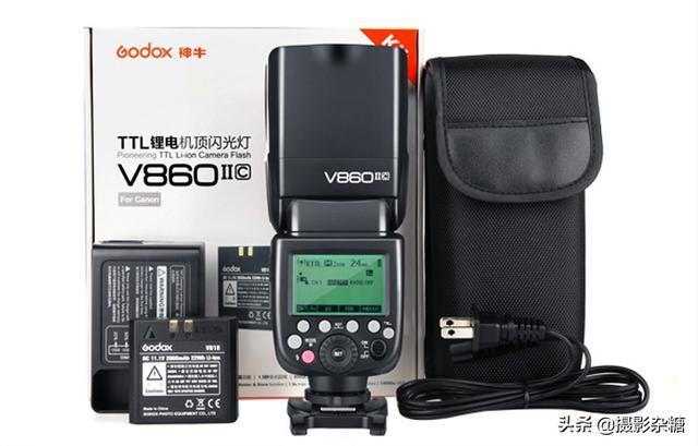 各位摄影老师,请问神牛V860二代闪光灯怎么样?我用5D3?