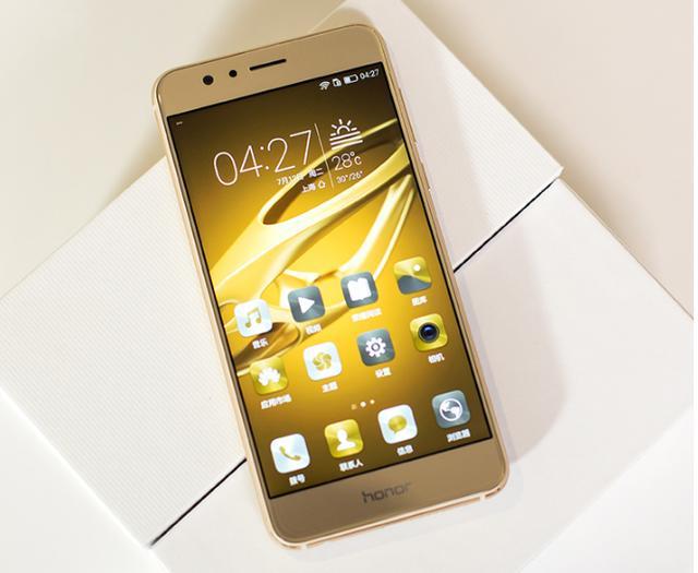 女朋友想买手机,价格在2千元左右的哪款更合适?