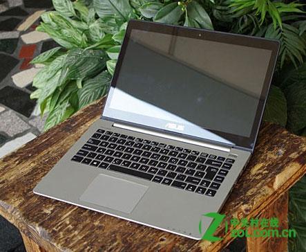 华硕VivoBook屏幕能折叠吗
