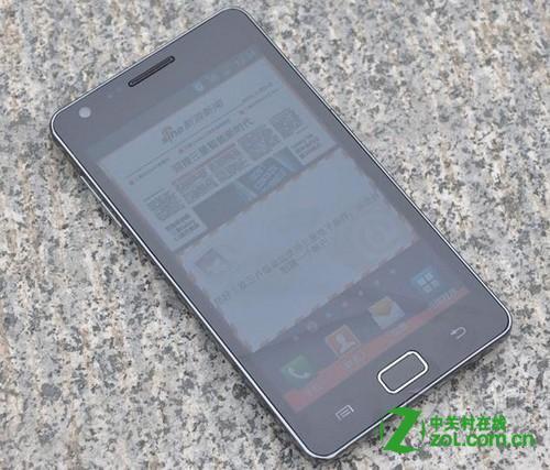 三星i919是双核手机吗?