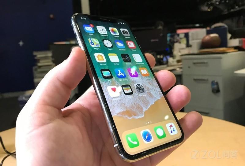 """iPhone不会卡""这种广为流传的谣言是怎么出现的?"