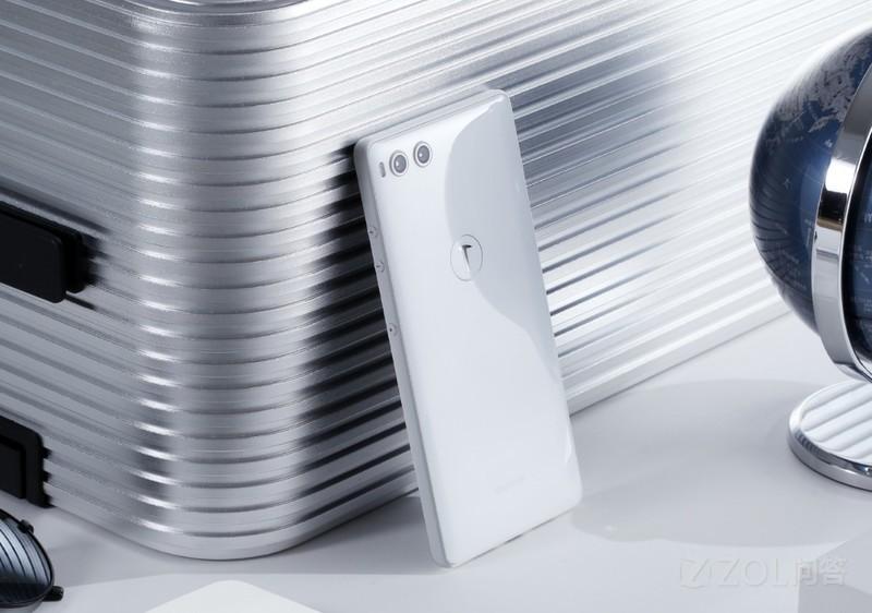 现在手机是买64G的还是256G的好?大容量手机是不是一种浪费?