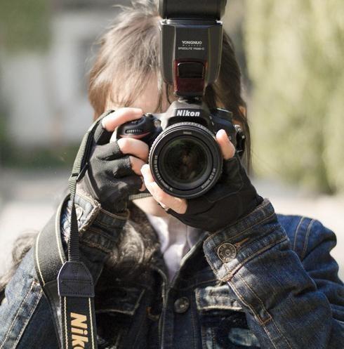 用于旅行拍照,有哪些六千以下的单反或者微单推荐吗?