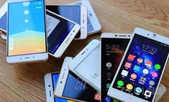 一直使用苹果手机的你现在会选择使用国产手机吗?会选择什么手机?
