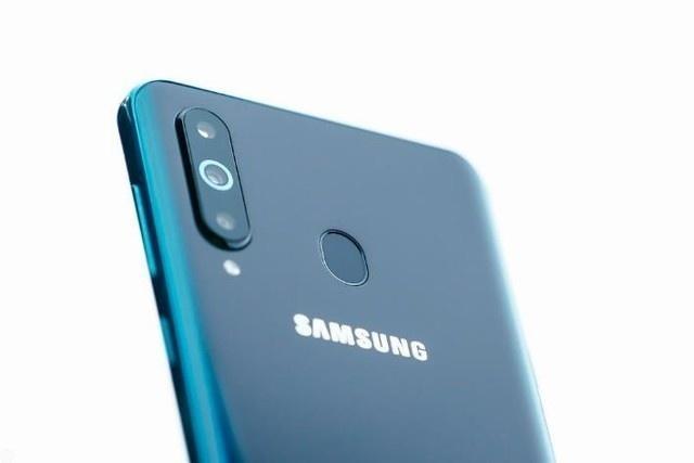 三星开孔屏Galaxy A8s信息全曝光,你觉得怎么样?