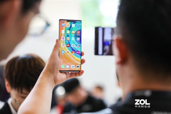 华为Mate30现在比iPhone更抢手?