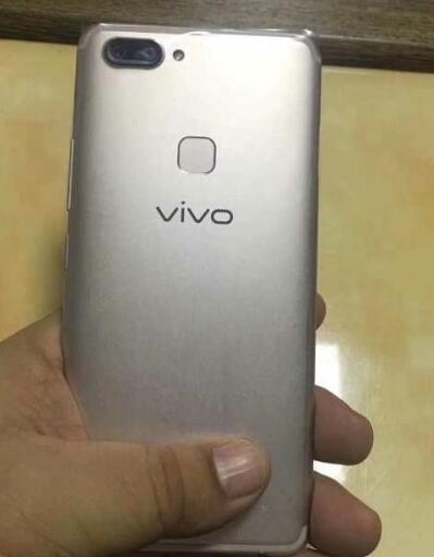 vivo  x20是后置指纹解锁吗?