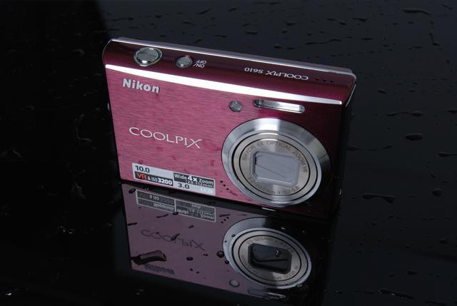 要么买单反,要么买微单,或者干脆用手机拍照,卡片机还有市场吗?