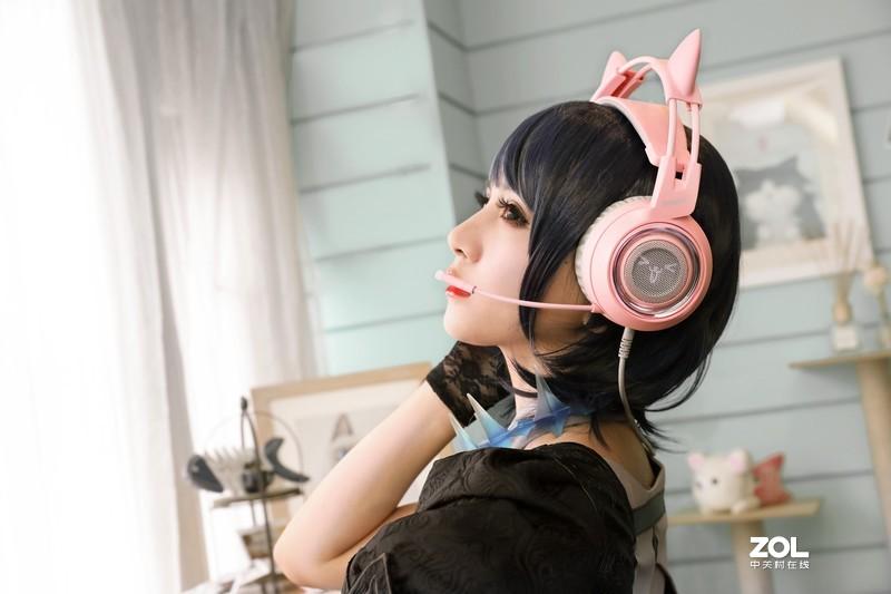 给喜欢玩游戏的女生送什么耳机好呢?