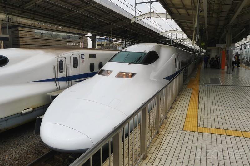我国高铁现在真的赶超日本的新干线了吗?