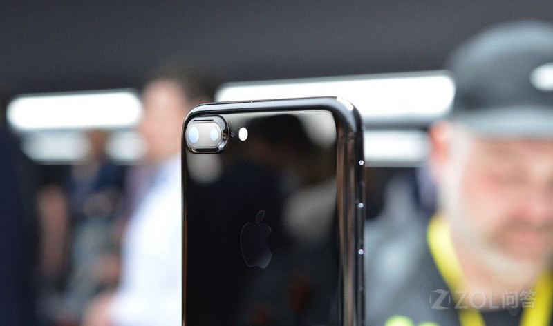 iPhone 7 Plus摄像头无法使用?