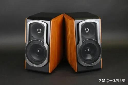 华为SoundX和漫步者S2000MKIII相比哪个更值得入手?
