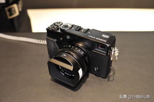 富士相机除了半幅就是中幅,为什么不开发全幅规格的相机呢?