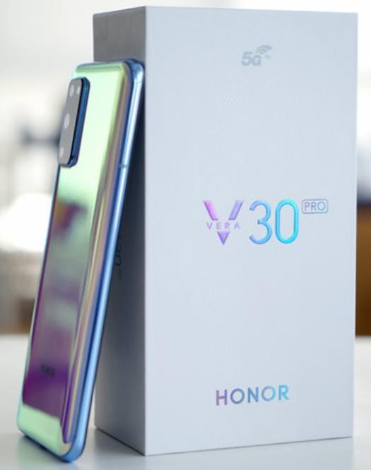 手机坏了,想换一部刚发布的荣耀V30体验下5G靠谱吗?求科普一下?