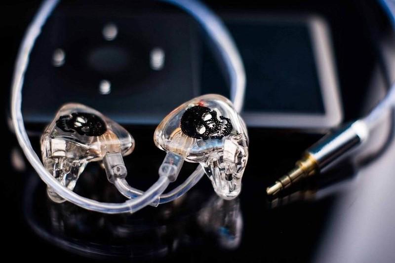 动铁耳机是贵在技术还是贵在材料?